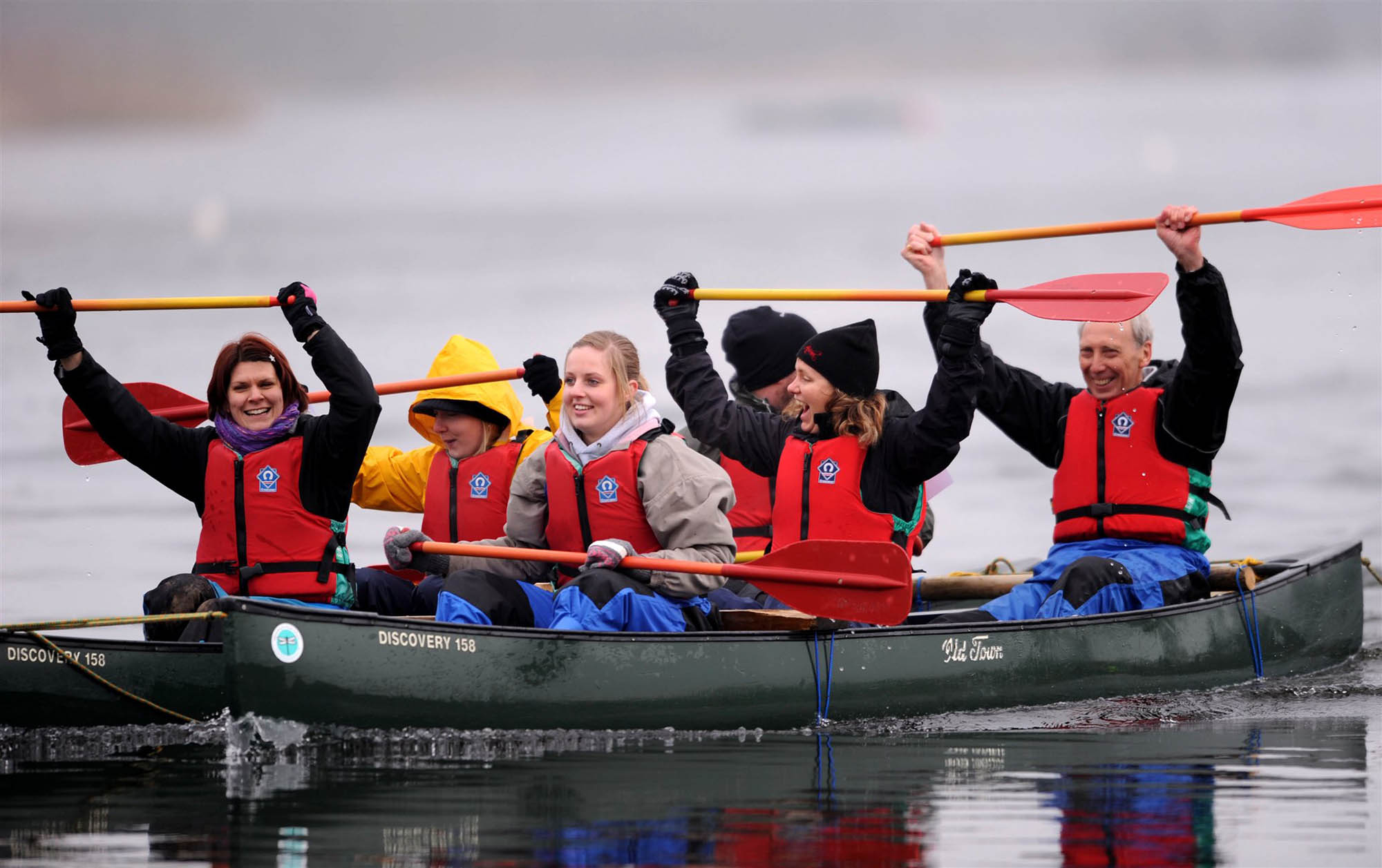Photo canoeing in Pembrokeshire